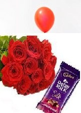 1 Red Balloon 8 Red roses bouquet 1 Silk
