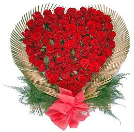 100 Red roses heart arrangement