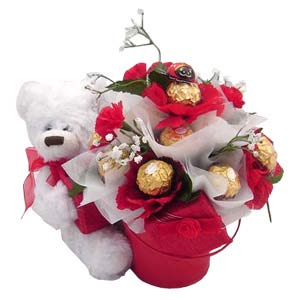 16 ferrero rocher bouquet with teddy