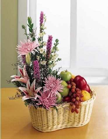 Cane Basket of 2 kg. Fresh Fruits + Bunch of 15 mixed flowers