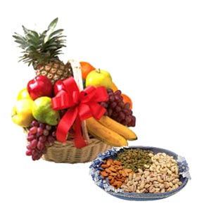 1/2 kg Dry fruits with fresh fruit 2 kg basket